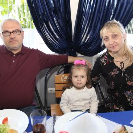 Благочестивое семейство на презентации Празднование Пасхи и презентация новой книги отца Виктора. 09.04.2018 г.