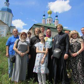Санаксарский монастырь находится в живописном уголке Мордовии, в излучине реки Мокши Паломническая поездка в Санаксары и Дивеево 28.06.18 - 01.07.18