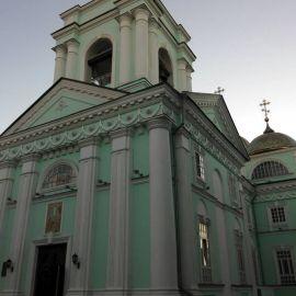 По дороге домой паломники посетили литургию в Преображенском соборе в Белгороде Паломническая поездка к мощам святителя Спиридона и блаженной Матроны
