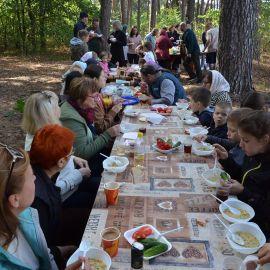 Каждый нашел себе пищу и компанию по вкусу Выезд на природу, 4.09.2021 г.
