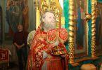 Протоиерей Виктор Гузенко на Пасхальной утрене (Пасха, 15 апреля 2012 г., храм Рождества Иоанна Крестителя, г. Харьков)